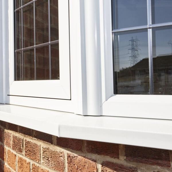 Flush sash windows in white uPVC